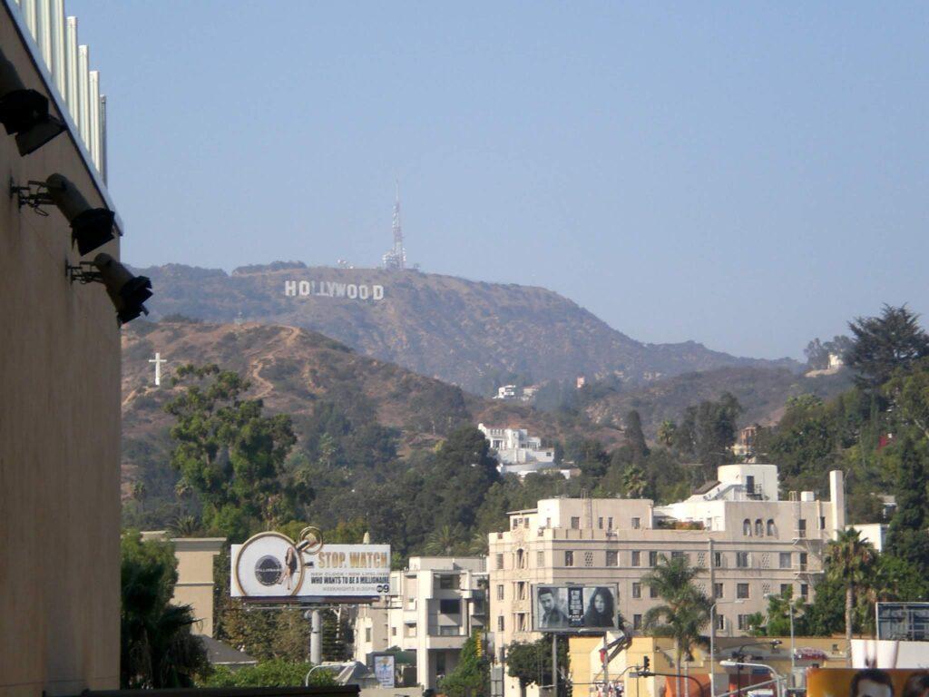有名なハリウッドにあるハリウッドサイン